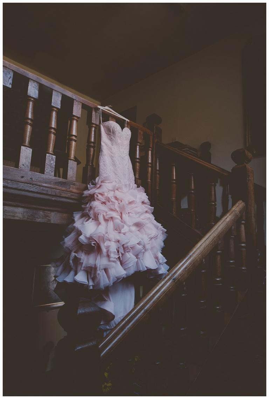 creative wedding photography tattooed bride alternative wedding photography taxidermy kent wedding